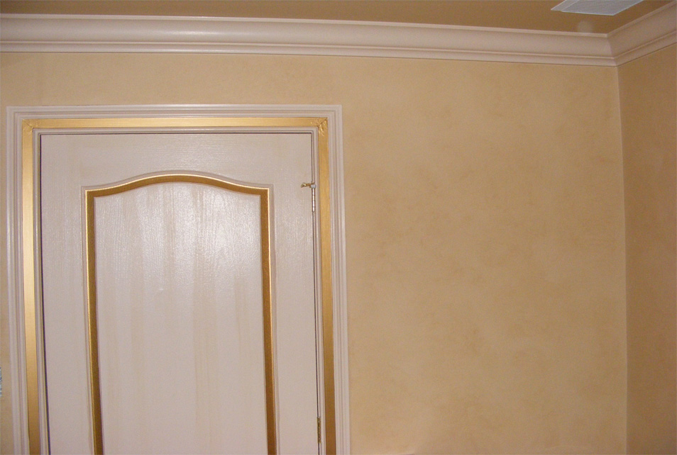 Painting in FAUX FINISHES